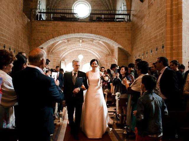 La boda de Bea y Iker en Santa Gadea Del Cid, Burgos 34