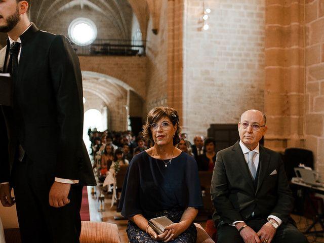 La boda de Bea y Iker en Santa Gadea Del Cid, Burgos 39