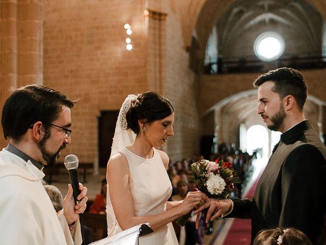 La boda de Bea y Iker en Santa Gadea Del Cid, Burgos 40