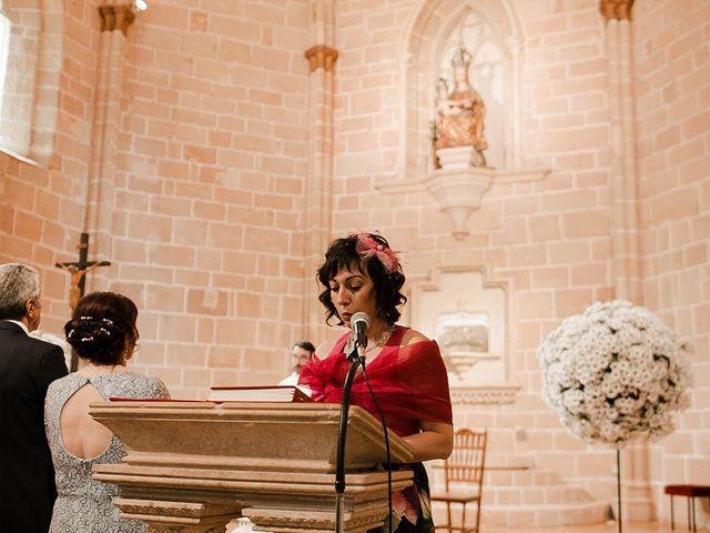 La boda de Bea y Iker en Santa Gadea Del Cid, Burgos 43