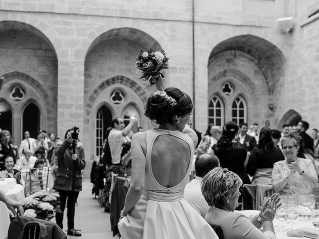 La boda de Bea y Iker en Santa Gadea Del Cid, Burgos 64