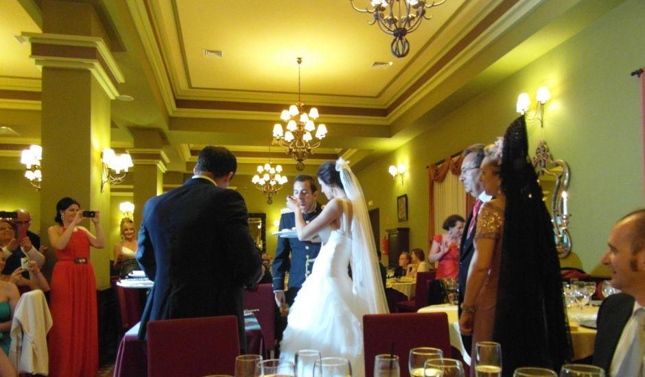 La boda de Javier y María en Salteras, Sevilla