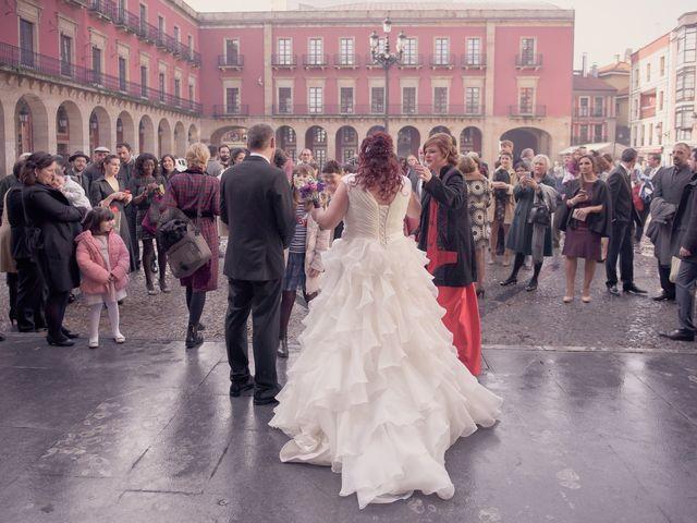 La boda de Igor y Paula en Gijón, Asturias 49
