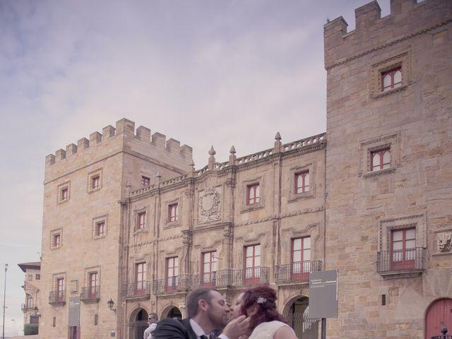 La boda de Igor y Paula en Gijón, Asturias 64