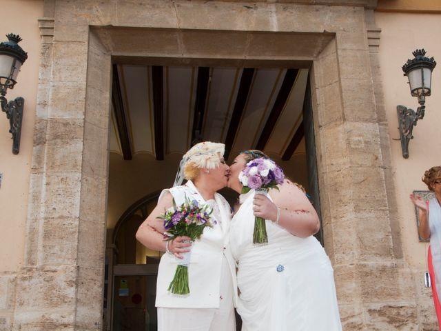 La boda de Eli y Ana en Paterna, Valencia 18