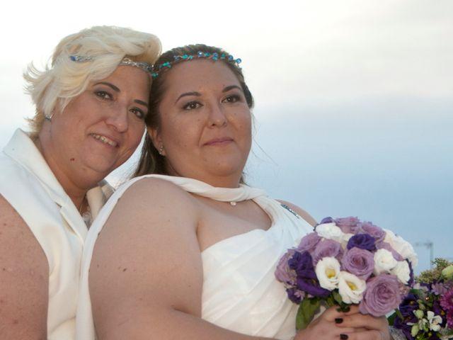 La boda de Eli y Ana en Paterna, Valencia 24