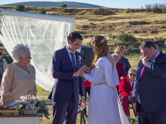 La boda de Carlos y Beatriz  en Cantalojas, Guadalajara 12