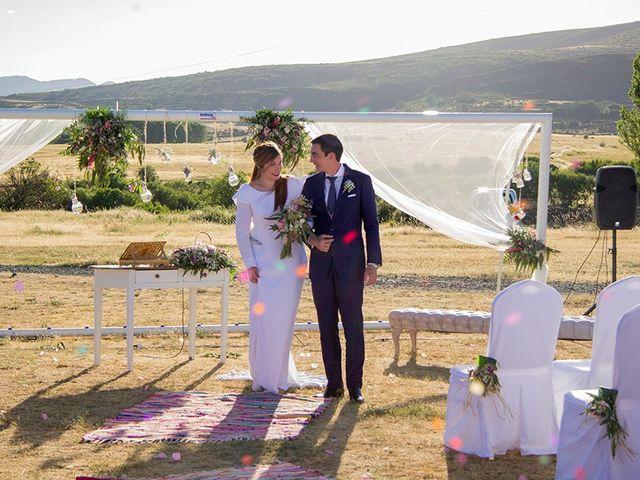 La boda de Carlos y Beatriz  en Cantalojas, Guadalajara 13