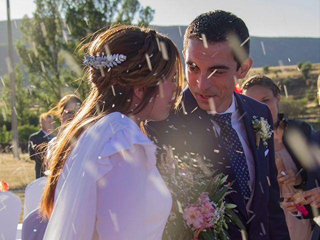 La boda de Carlos y Beatriz  en Cantalojas, Guadalajara 14
