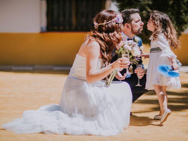 La boda de Ramiro y Lourdes  en Santiponce, Sevilla 60
