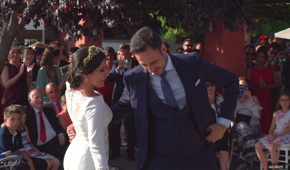 La boda de Alejandro y Isabel en Almendralejo, Badajoz