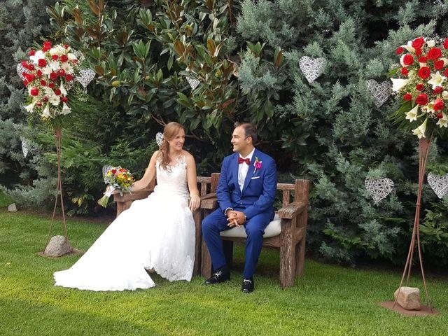 La boda de Marc y Lydia en Sant Fost De Campsentelles, Barcelona 1
