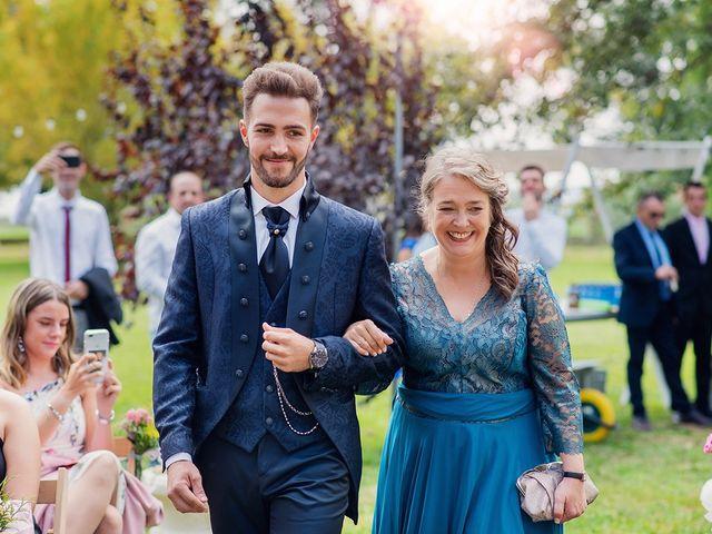 La boda de José y Alejandra en Alfajarin, Zaragoza 29