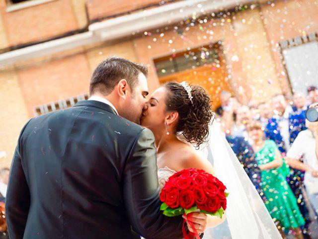 La boda de Roberto y Amparo en Museros, Valencia 4