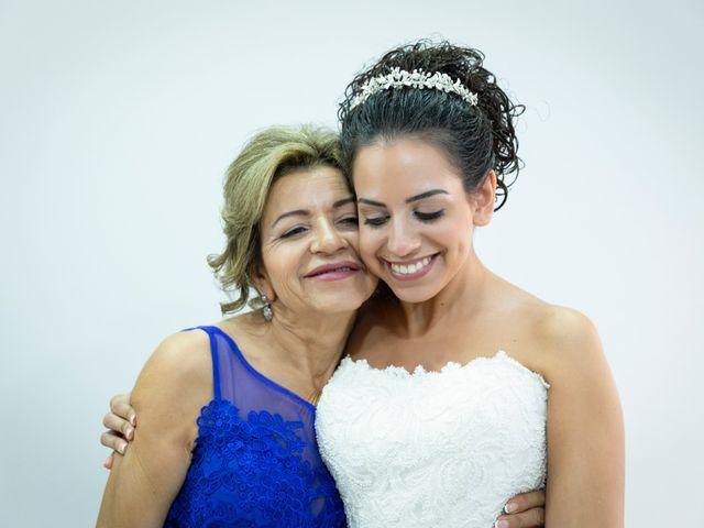 La boda de Roberto y Amparo en Museros, Valencia 11