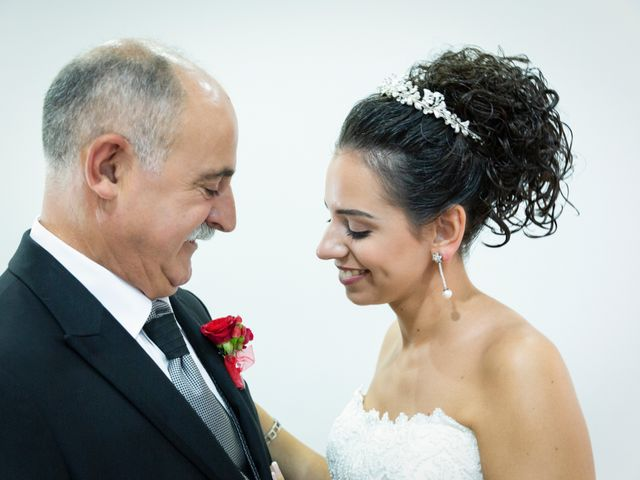 La boda de Roberto y Amparo en Museros, Valencia 13