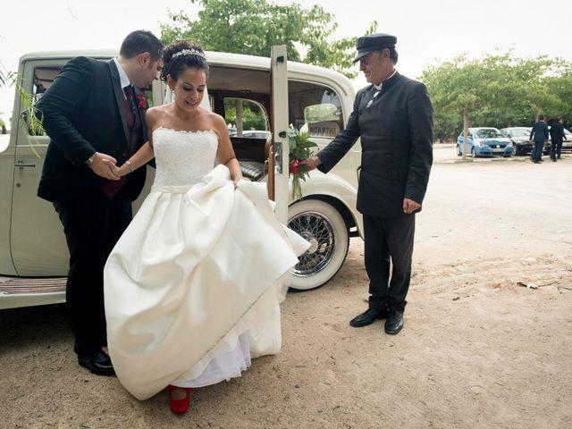 La boda de Roberto y Amparo en Museros, Valencia 21