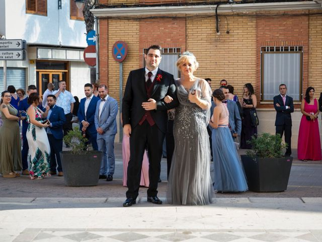 La boda de Roberto y Amparo en Museros, Valencia 26