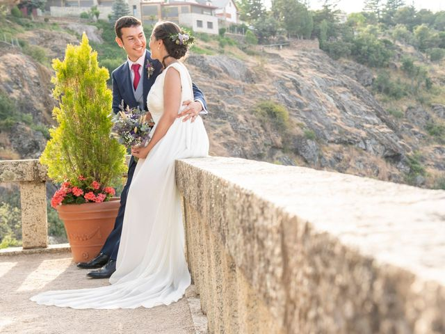 La boda de Eduardo y Sara en Miraflores De La Sierra, Madrid 26