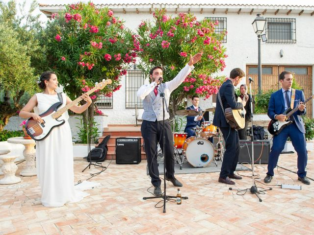 La boda de Eduardo y Sara en Miraflores De La Sierra, Madrid 35