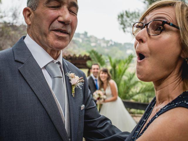 La boda de Manel y Cristina en Sant Vicenç De Montalt, Barcelona 19