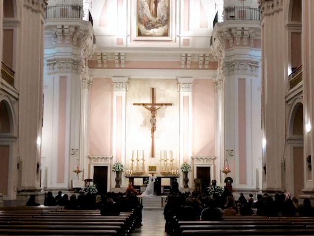 La boda de Juan y Adela en Pozuelo De Alarcón, Madrid 11
