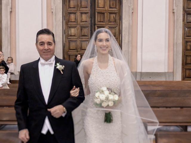 La boda de Juan y Adela en Pozuelo De Alarcón, Madrid 15