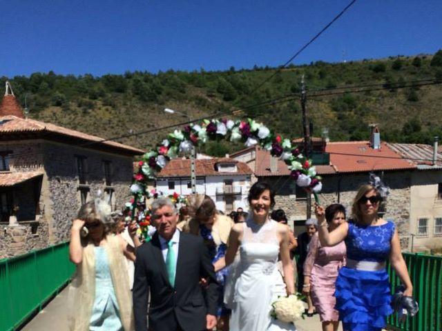 La boda de Diego y Ana en Barbadillo Del Pez, Burgos 5