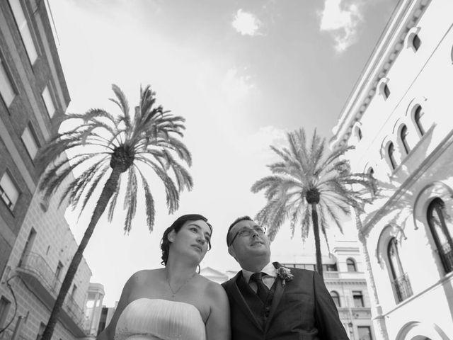 La boda de Oscar y María Ángeles  en Badalona, Barcelona 14