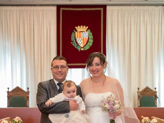 La boda de Oscar y María Ángeles  en Badalona, Barcelona 16