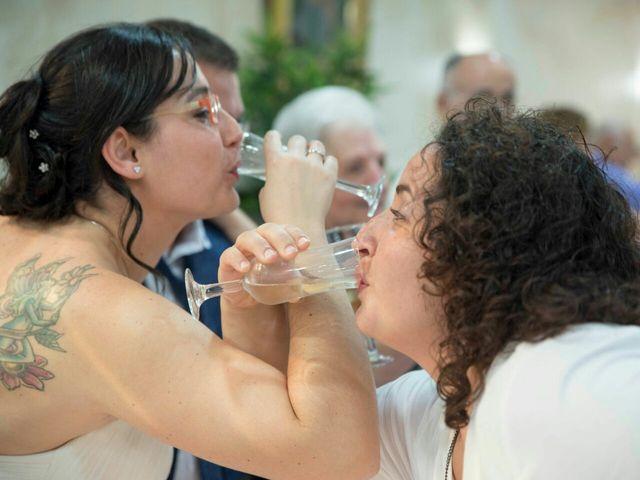 La boda de Oscar y María Ángeles  en Badalona, Barcelona 25