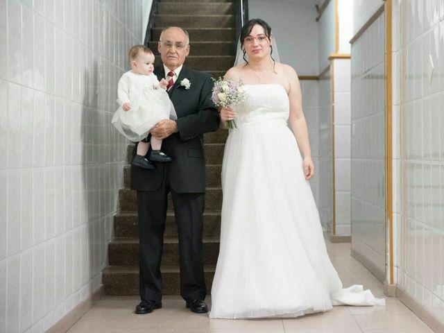La boda de Oscar y María Ángeles  en Badalona, Barcelona 28