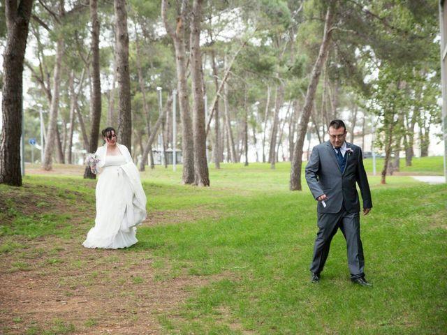 La boda de Oscar y María Ángeles  en Badalona, Barcelona 31