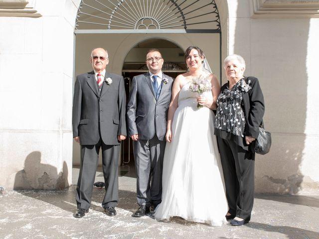 La boda de Oscar y María Ángeles  en Badalona, Barcelona 38