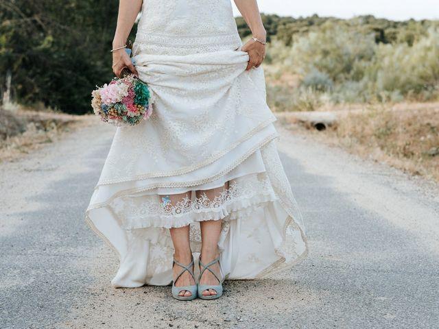 La boda de Fran y Mayka en Navalagamella, Madrid 15
