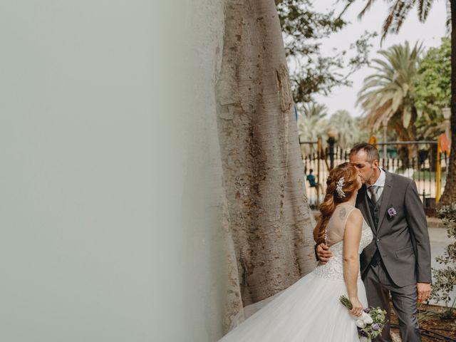 La boda de Juanjo y Ascen en Cádiz, Cádiz 25