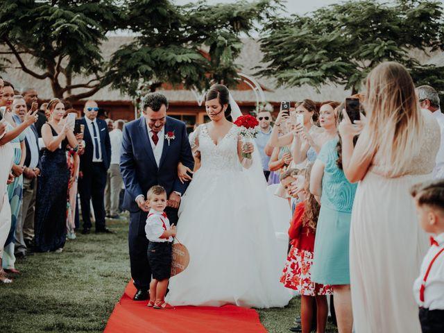 La boda de Alejandro y Noelia en Telde, Las Palmas 43