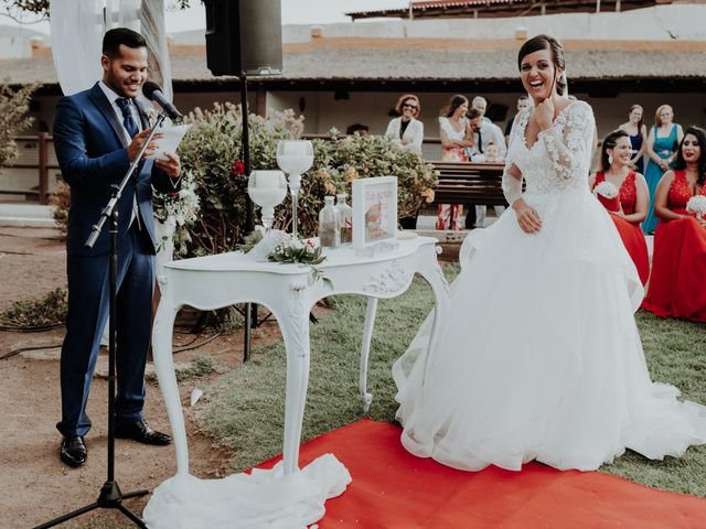 La boda de Alejandro y Noelia en Telde, Las Palmas 51