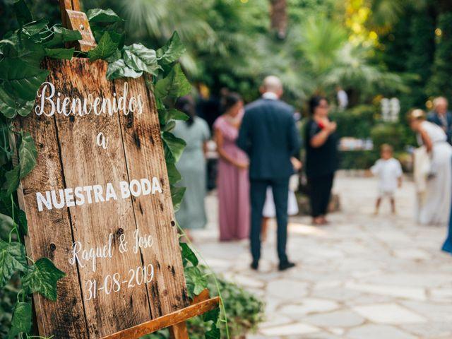 La boda de Jose y Raquel en Chinchon, Madrid 8