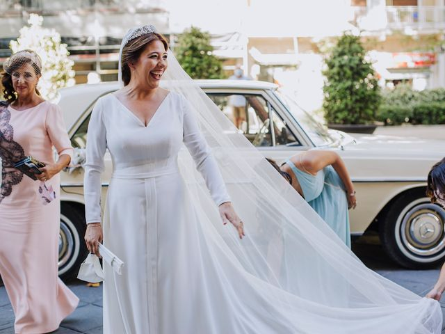 La boda de Manuel y Laura en Granada, Granada 12