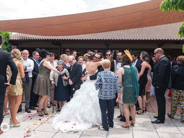 La boda de Mayte y Ander en Huarte-pamplona, Navarra 32