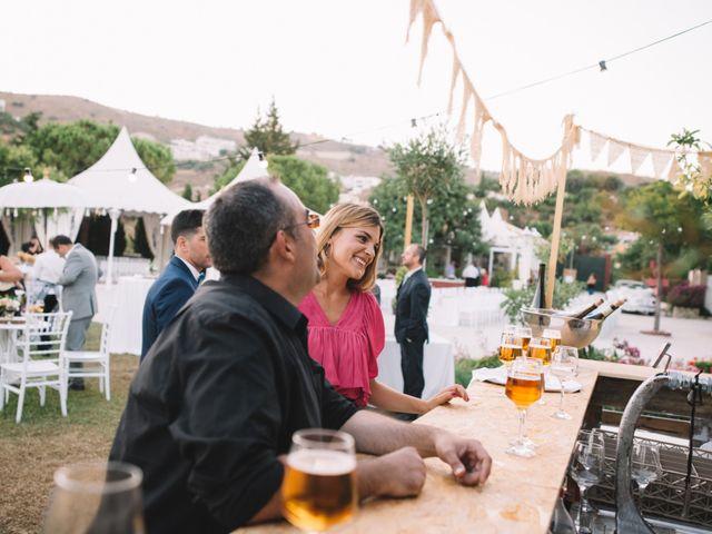 La boda de Juanma y Mónica en Rincon De La Victoria, Málaga 15