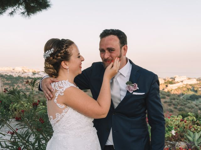 La boda de Juanma y Mónica en Rincon De La Victoria, Málaga 39