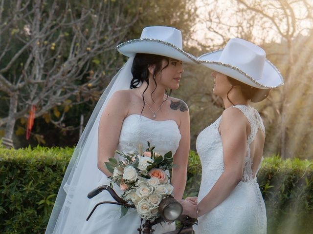 La boda de Azucena y Miriam en Petra, Islas Baleares 24