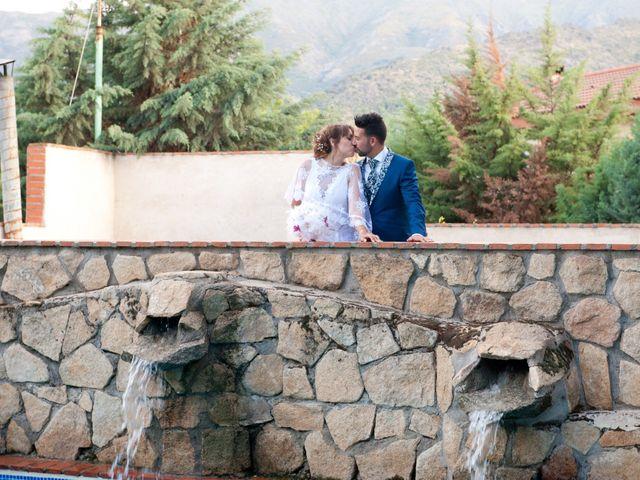 La boda de Rober y Laura en Navaluenga, Ávila 20