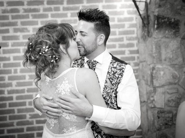 La boda de Rober y Laura en Navaluenga, Ávila 32