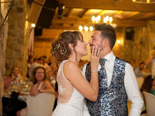 La boda de Rober y Laura en Navaluenga, Ávila 33