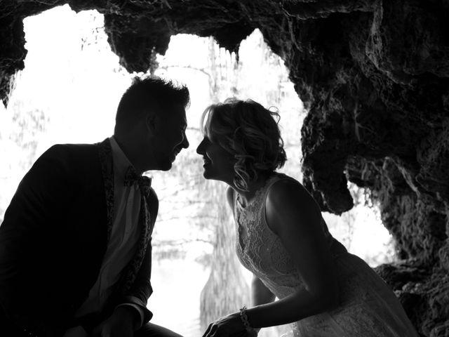 La boda de Rober y Laura en Navaluenga, Ávila 26