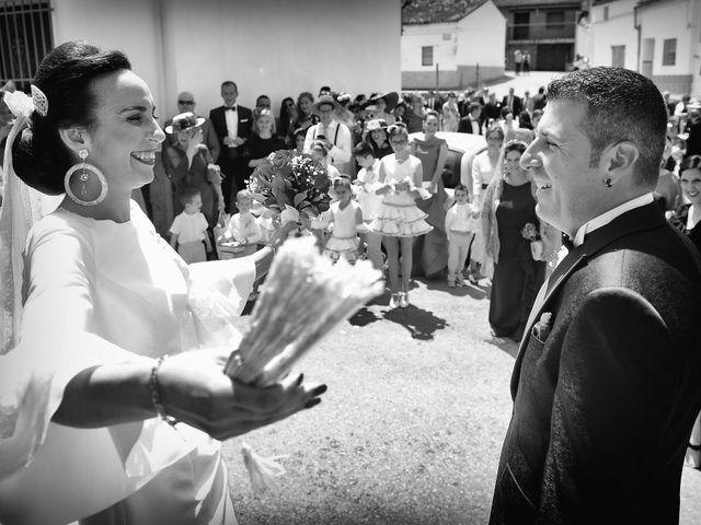 La boda de J. Manuel y Cristina en Majadas, Cáceres 11