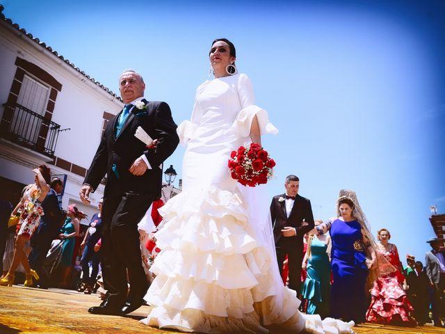 La boda de J. Manuel y Cristina en Majadas, Cáceres 12